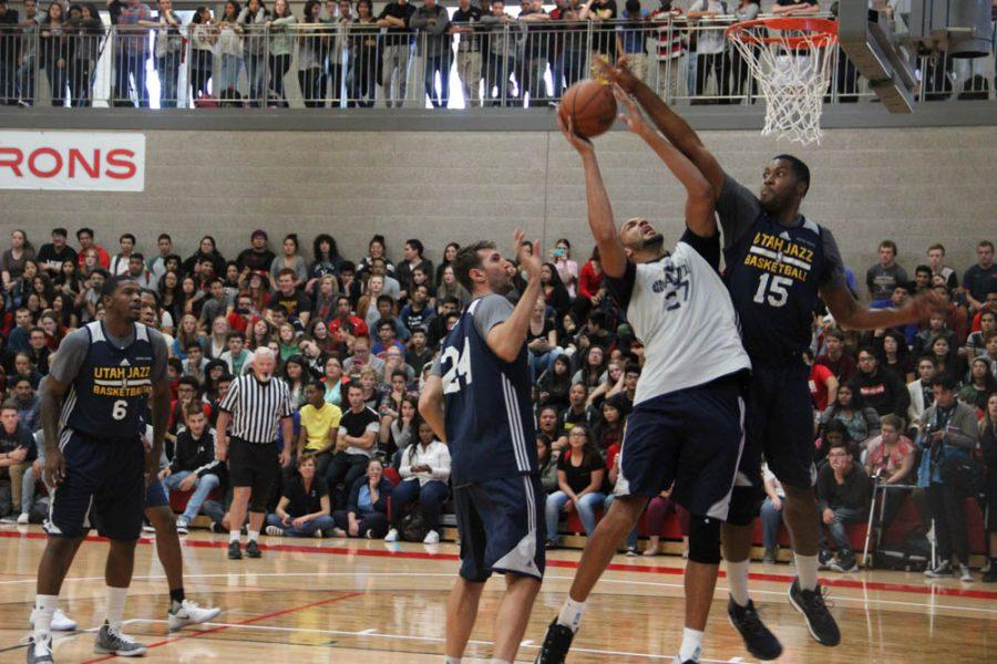 The Utah Jazz held their open scrimmage at Granger High School to the students and teachers delight.
